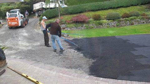 Spreading Asphalt